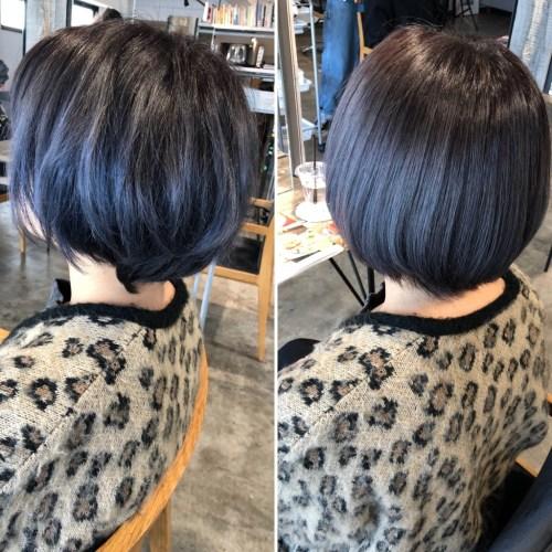これはサロンのブログで石川君が紹介したビフォーアフターです。こんな感じにブリーチしていてもツヤツヤの髪に。